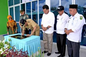 Bupati Natuna Resmikan  Pemakaian Gedung UPT  Puskesmas Pulau Laut