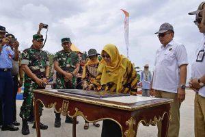 Wabup Natuna Resmikan Taman Bermain dan Fasilitas Olahraga Bantuan Program Pengembangan Masyarakat KKKS Tahun 2018 di Kabupaten Natuna.